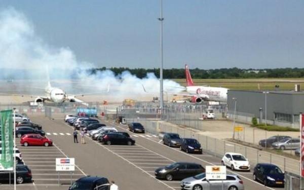 Rook uit Boeing 737 op Eindhoven Airport | Luchtvaartnieuws