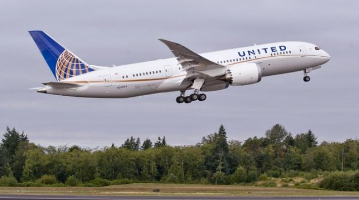 united, boeing 787, dreamliner