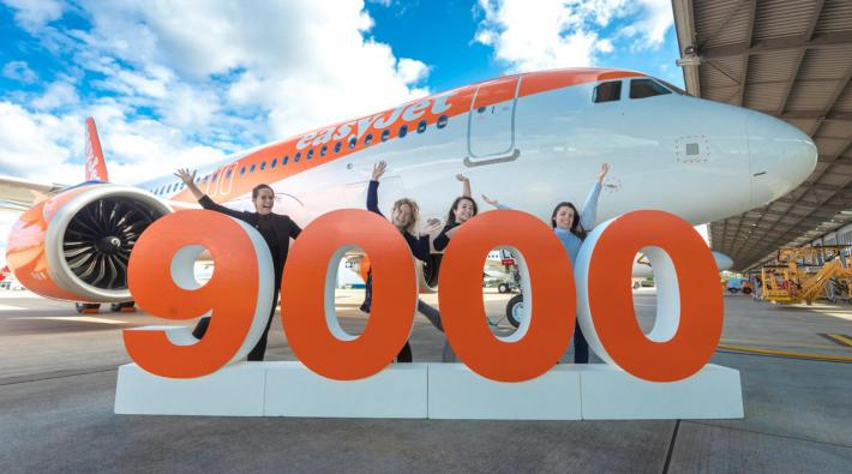 easyjet Airbus 9000