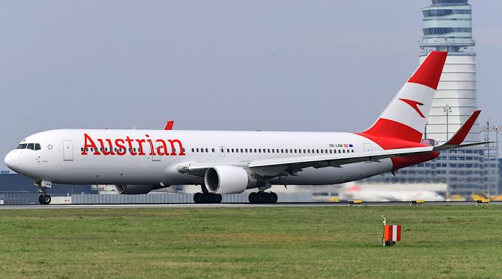 Austrian Airlines 767