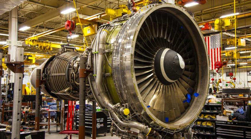 Boeing 767 engine