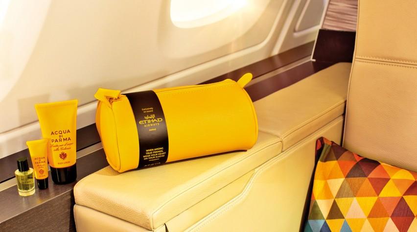 Etihad Airways kit