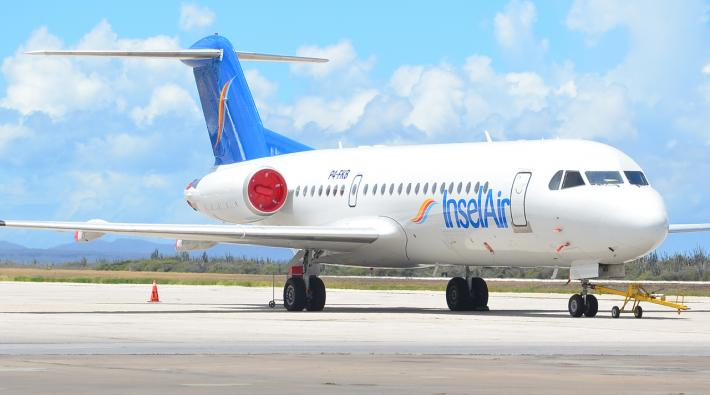 Insel Air Fokker 70