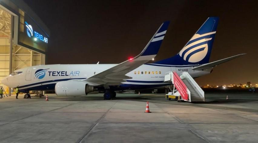 Texel Air Boeing 737-700FC