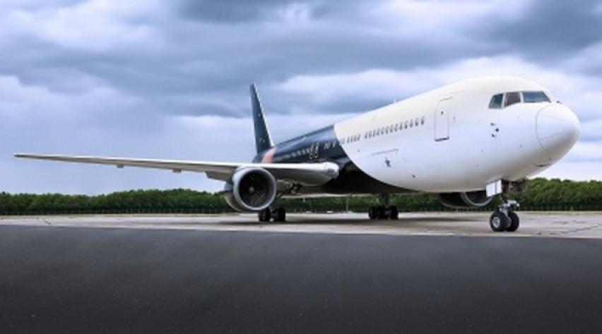 Titan Airways 767-300ER