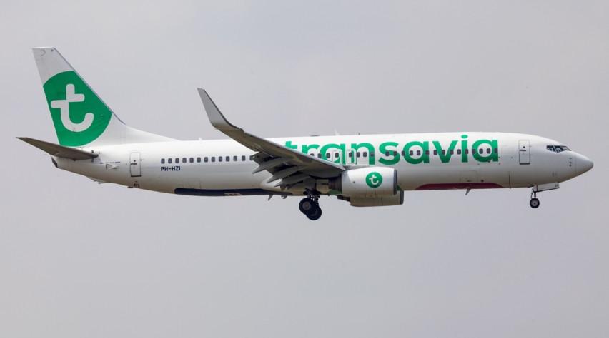 Transavia Boeing 737-800 landing
