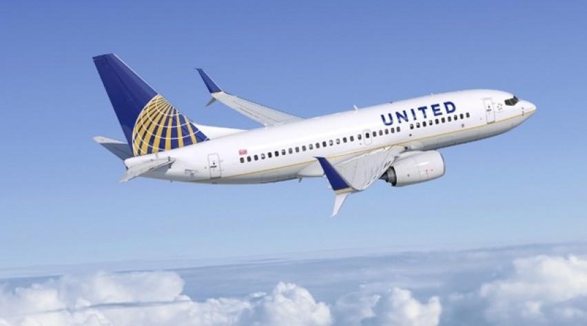 united, 737-700