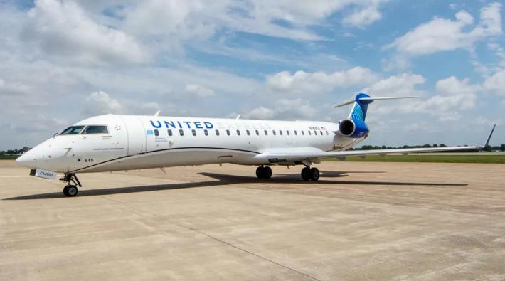 United Airlines CRJ550