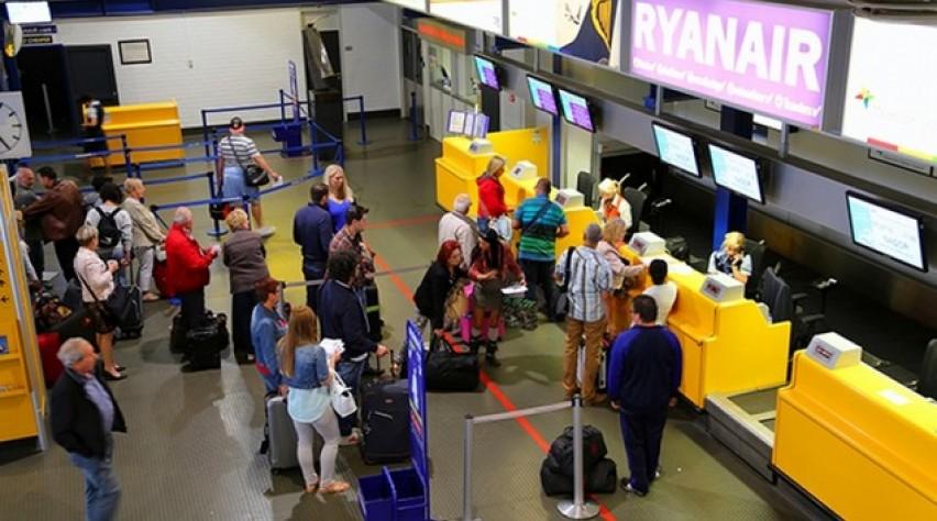 passagiers, maastricht, airport, aachen