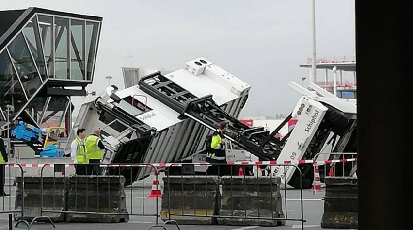 https://www.luchtvaartnieuws.nl/sites/default/files/styles/artikel/public/website_633x300/slider-schiphol/ambulift-schipholcsander-1200_2.jpeg?itok=Yp2poO_6