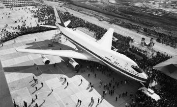 Eerste Boeing 747 op 30 september 1968