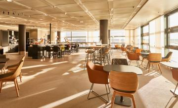 Lufthansa Panorama Lounge