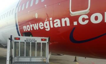 Norwegian 737 damage