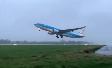 KLM A330 Groningen