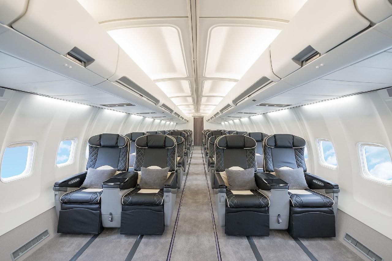 AirX 737-500