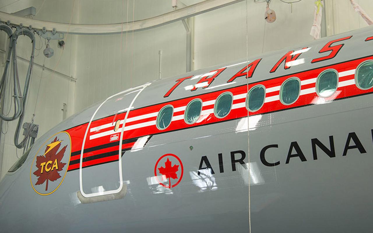 Air Canada A220 retro