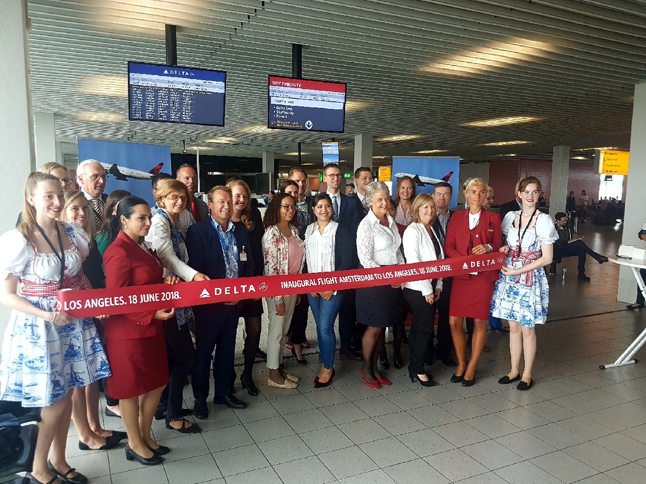 Openingsceremonie lijndienst AMS-LAX