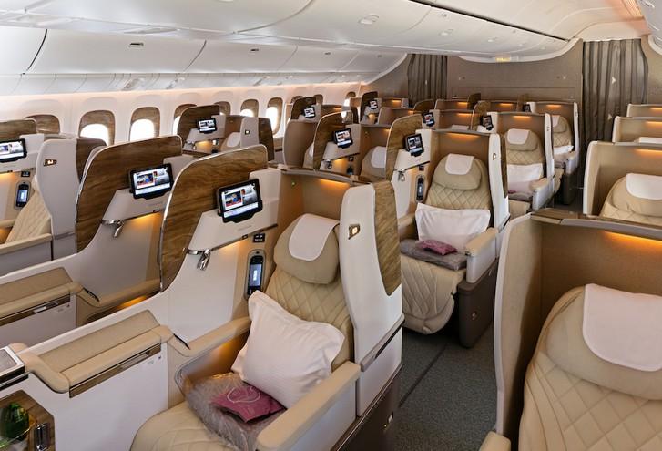 Foto 39 s nieuwe first class emirates ge nspireerd door for Interieur 777 300