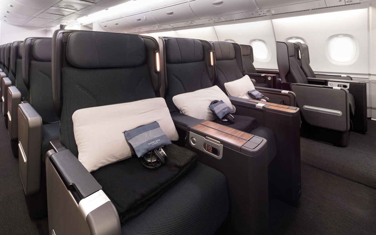 https://www.luchtvaartnieuws.nl/sites/default/files/website_633x300/slider-airlines/qantas_a380_premium_economy_2_c_qantas_1280.jpg