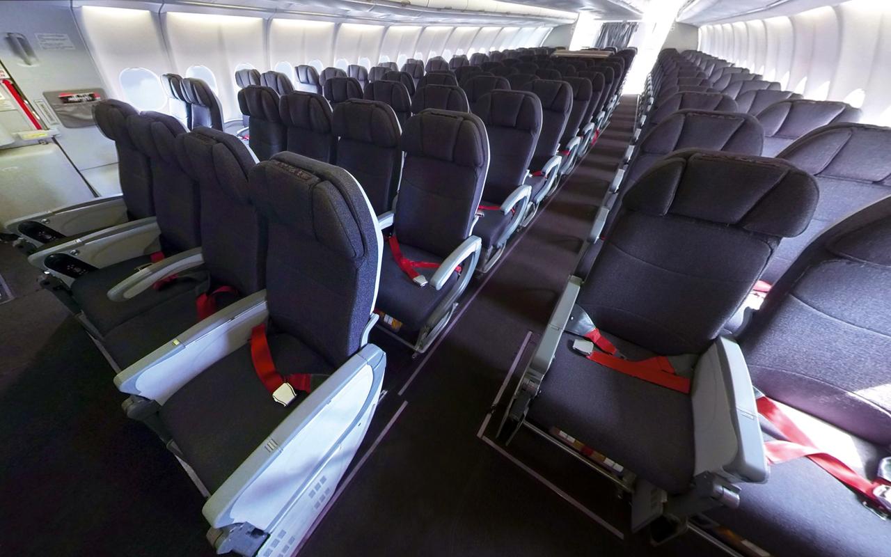 Titan Airways A330