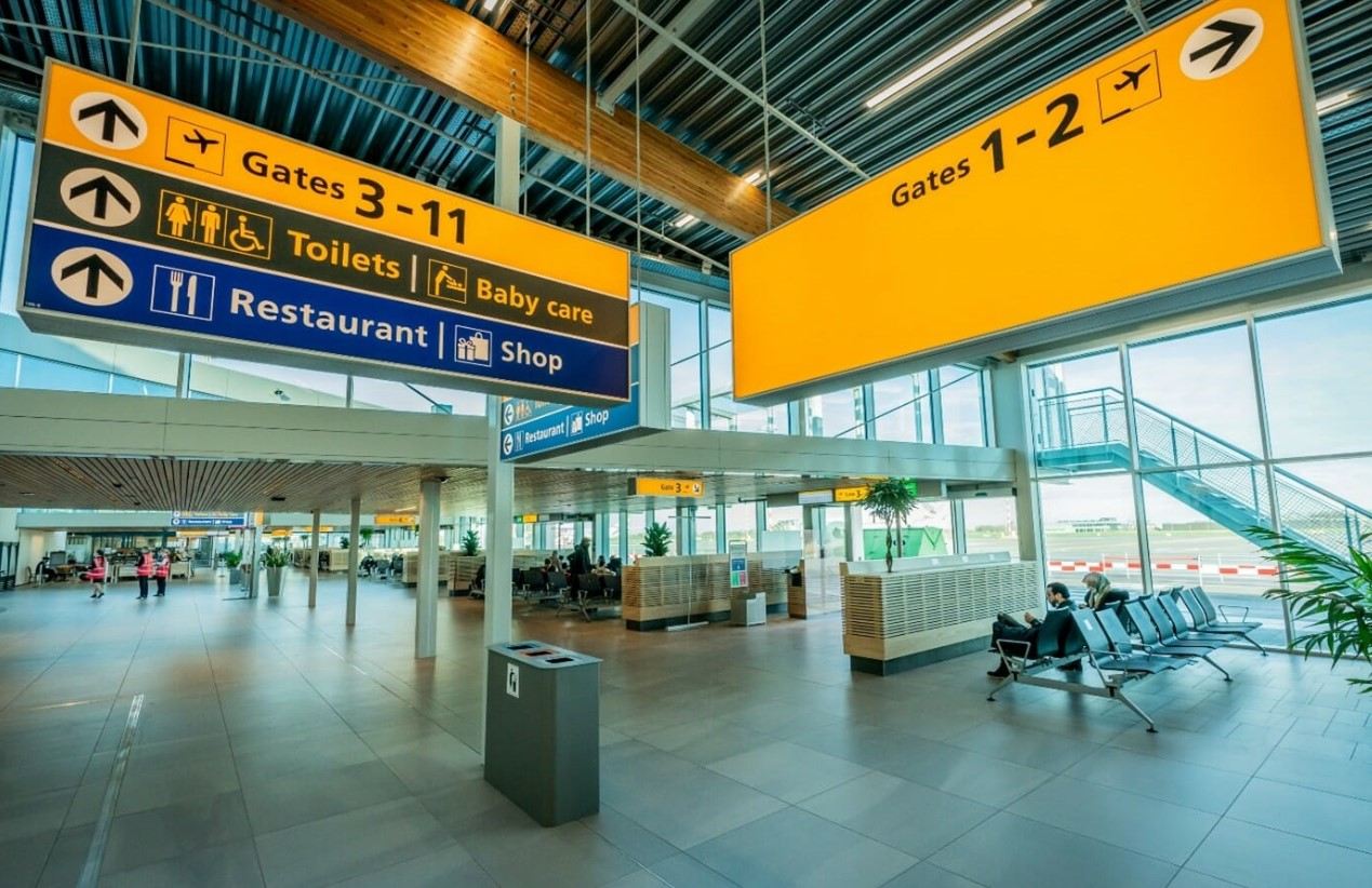 Rotterdam Airport Terminal Vertrekhal