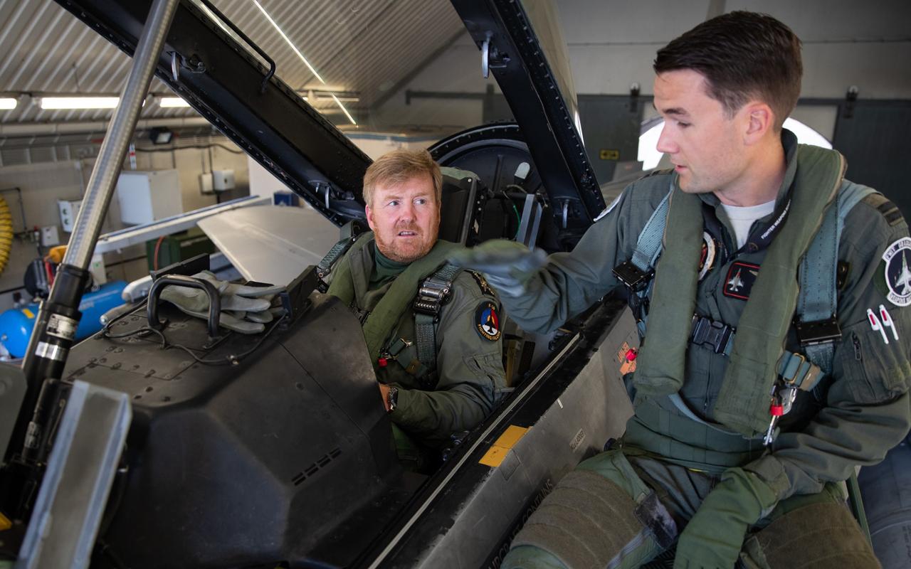 Willem-Alexander F-16