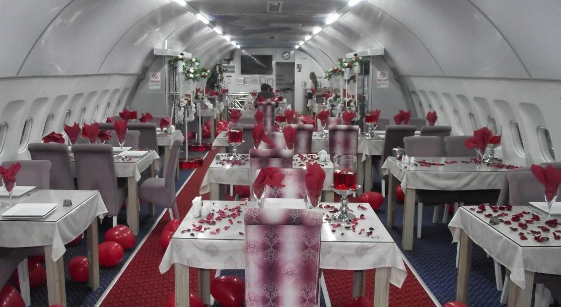 Airbus A340-restaurant