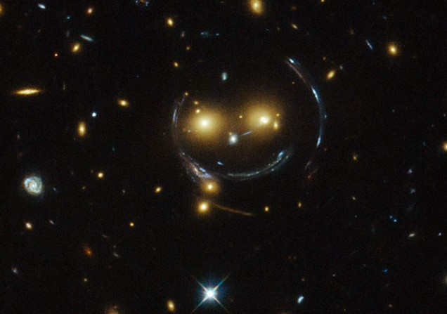hubble, smiley, nasa, esa