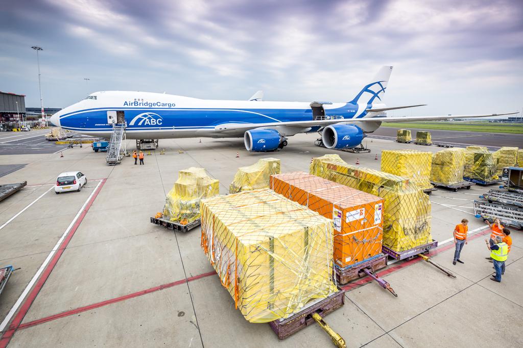 Controle op luchtvracht Schiphol rammelt' | Luchtvaartnieuws