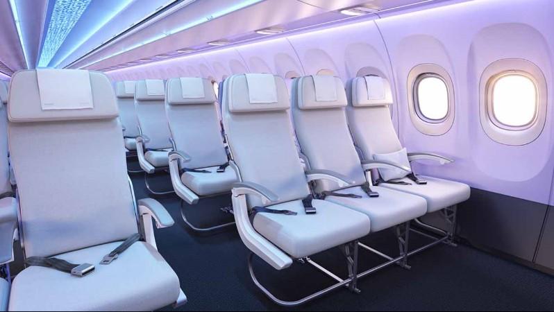veel door fabrikanten gepresenteerde features zijn optioneel uiteindelijk bepaalt de klant voor een groot deel hoe de cabine eruit komt te zien en niet